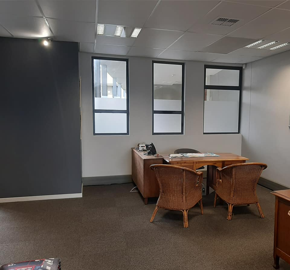 Clean office unit to lease in Hillcrest